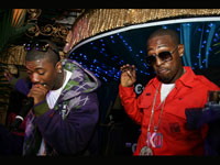 1xtra's Carnival 08 - Ray J and some dude in full groove perform