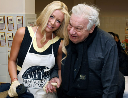 Aubrey O' Day and some thankful guy at NY Rescue Mission Thanksgiving 08
