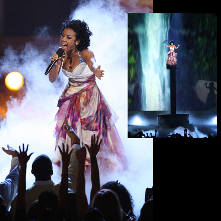 Keyshia Cole performs at the 2008 BET Awards
