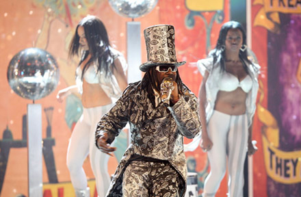 T-Pain performs at the 2008 BET Awards