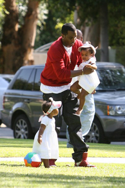 Diddy and the twins in the park