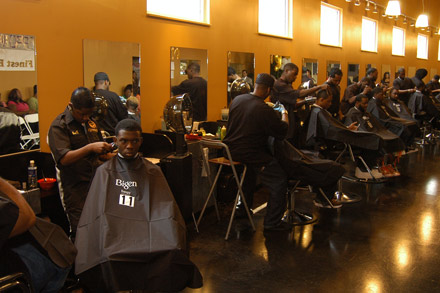 The Bigen Barber Contest - pic by hudgons