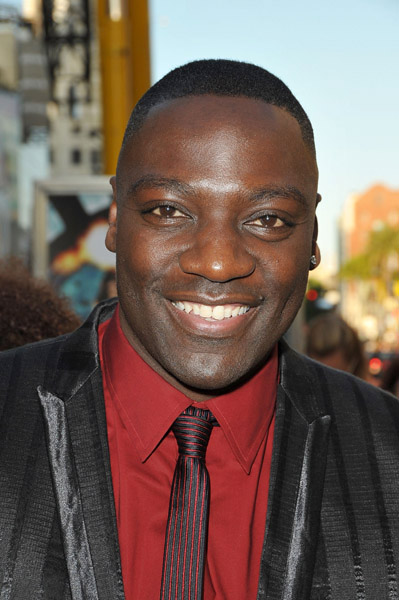 Adewale Akinnuoye at G.I. Joe premiere in Los Angeles
