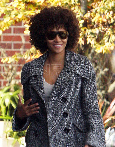 Halle Berry's new curly hairdo