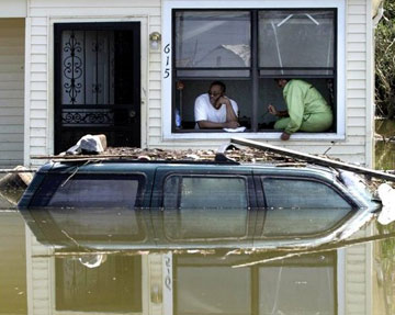 Hurricane Katrina aftermath - people just waiting in the house