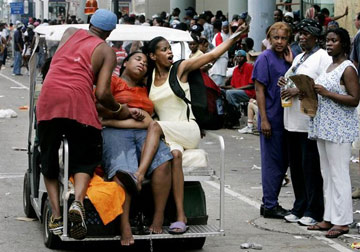 Hurricane Katrina aftermath - people starving and passing out without water or food