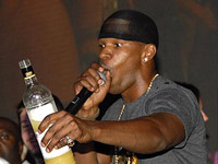 Jamie Foxx spilling our alcohol