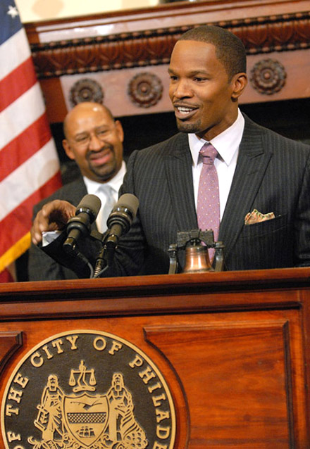 Jamie Foxx and Philadelphia Mayor Michael Nutter at press conference for Law Abiding Citizen