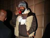 Jermaine Dupri sips red rum