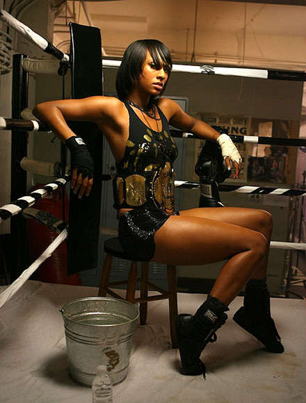 Keri Hilson on the Energy video set
