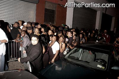 Keyshia Cole album release party - the line outside