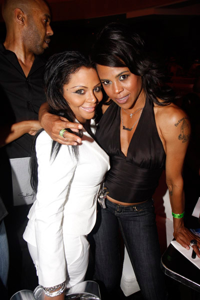 Lil Kim and Laurie Ann-Gibson at Spotlight Live