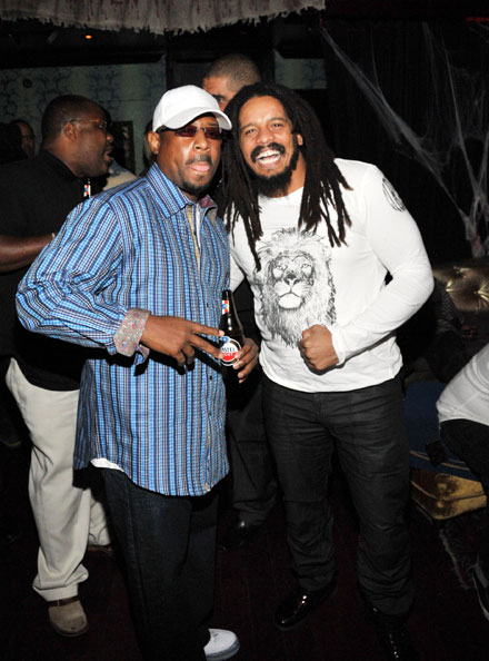 Martin Lawrence and Rohan Marley laugh it up at Vibe listening party