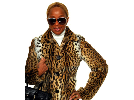 Mary J. Blige in a fabulous spotted fur