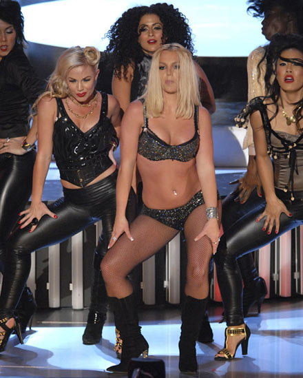 MTV Video Music Awards 2007 Britney Spears Doing It Zombie Like