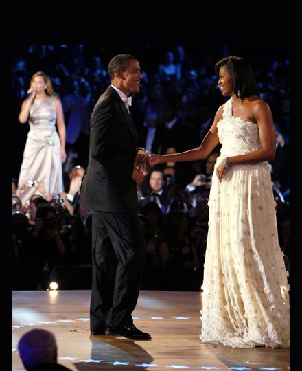President Barack Obama and First Lady Michelle - their first dance