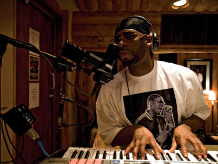 R. Kelly in the studio