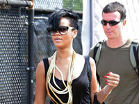 Rihanna gets off Liberty helicopter