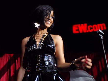 Rihanna - Entertiaiment Weekly's Love List