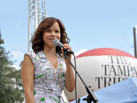 Rosie Perez campaigning for Barack Obama in Tampa, Florida