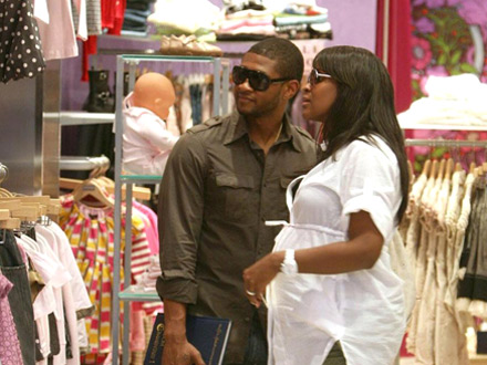 Usher and Tameka Doing Some Baby Shopping